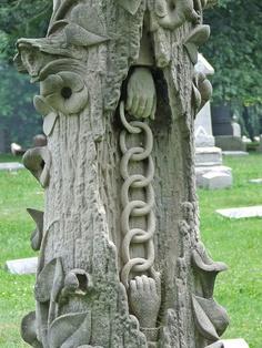 strange-tombstone-picture-2