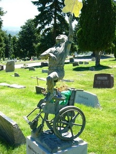 weird-tombstone-picture-6
